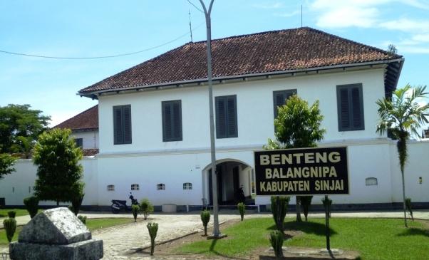Benteng Balang Nipa (source)