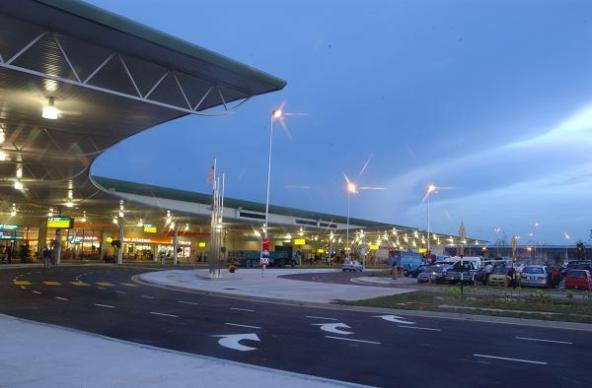 KLIA LCCT, Markas Air Asia