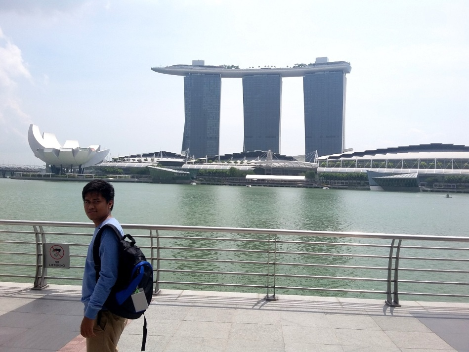 Marina Bay Sands dari Merlion Park