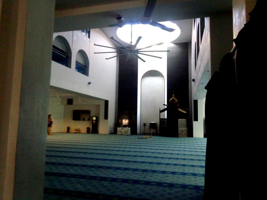 Bagian dalam Masjid An-Nur