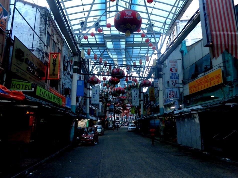 Suasana Petaling Street di waktu Pagi
