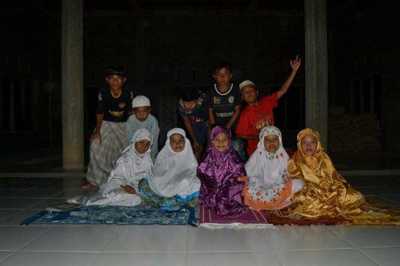 Anak-anak Lembah Pangi