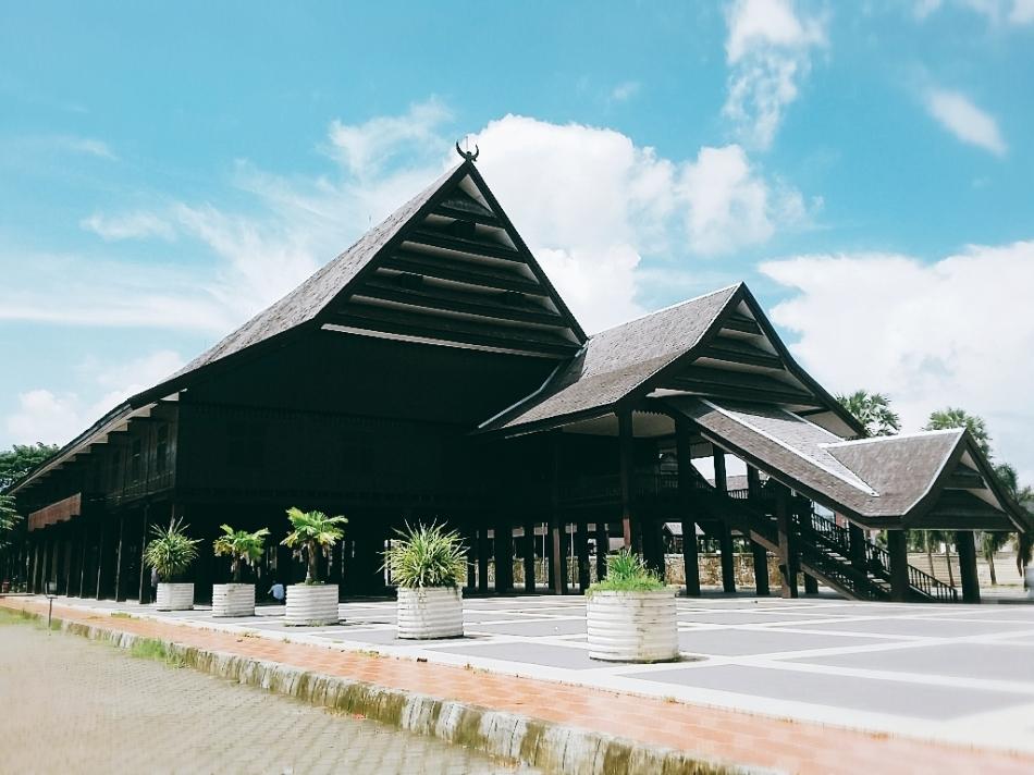 Istana Tamalate
